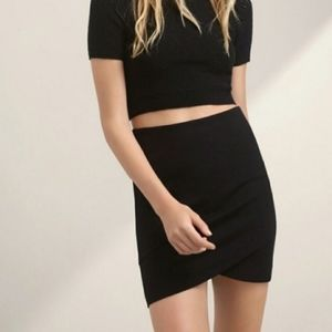 Aritzia Talula Primrose mini skirt black size XS